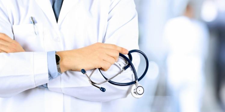 Hygiène : les stéthoscopes des médecins, ces nids à bactéries