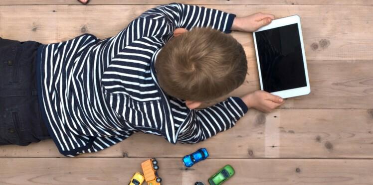L'utilisation de tablettes et smartphones responsable de retard de langage chez les jeunes enfants