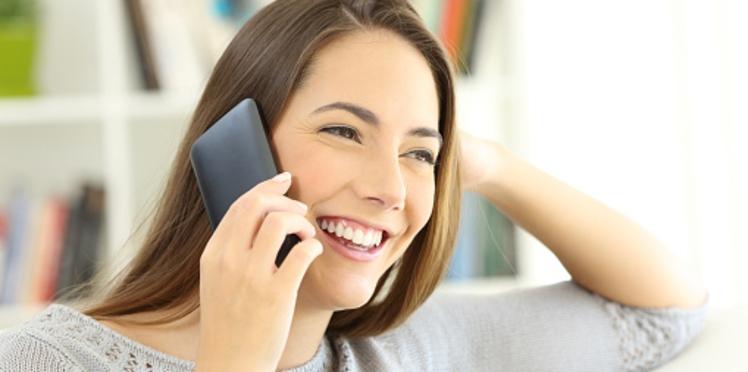 Téléphone portable : 6 conseils pour réduire son exposition aux ondes