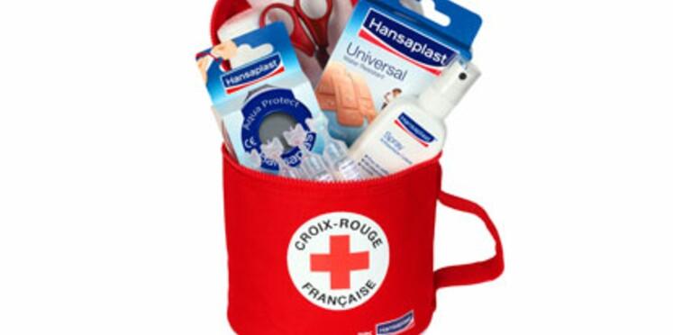 Une trousse de secours vendue au profit de la Croix-Rouge