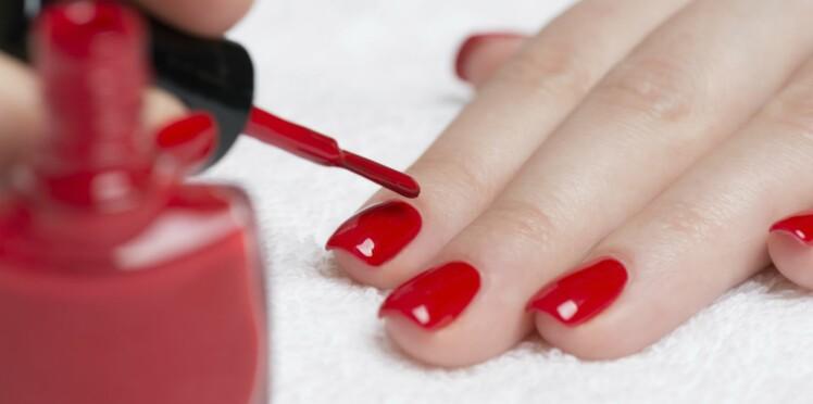 Vernis à ongles : ils peuvent contenir des perturbateurs endocriniens