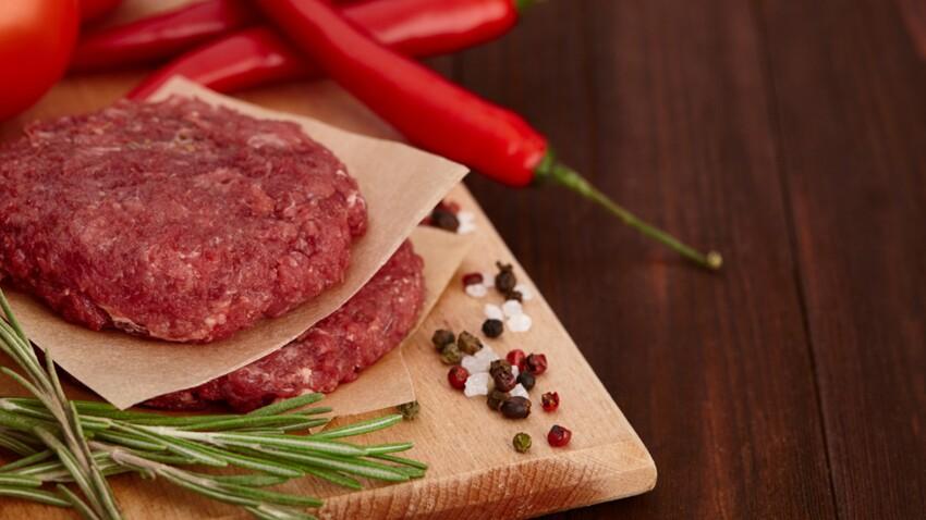 Les viandes rouges et la charcuterie considérées comme cancérogènes par l'OMS