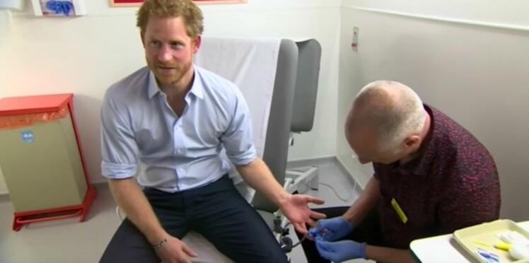 VIH : le prince Harry se fait dépister en direct, les demandes de tests explosent