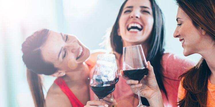Boire du vin serait bon pour les dents : découvrez pourquoi…