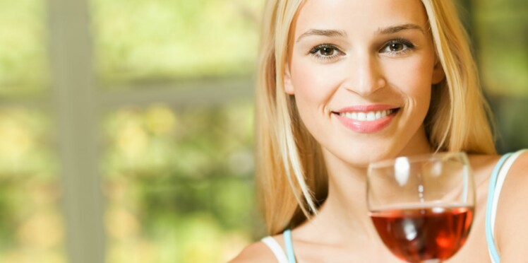 Du vin rouge contre les caries ?