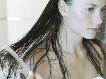 Chute de cheveux chronique : les solutions