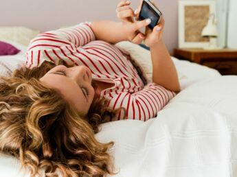Addict aux smartphone, à l'iPad, aux jeux vidéos : ça fait mal !
