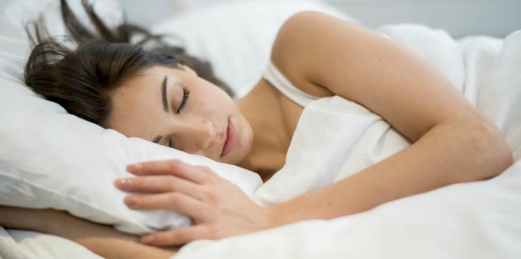 Bien dormir : les conseils du Dr Saldmann (vidéo)