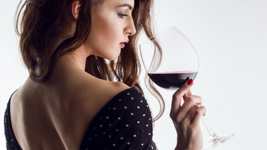 Comment repérer (et aider) une personne alcoolique?