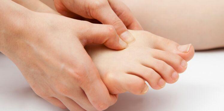Épine calcanéenne : une douleur au pied qu'on peut soulager