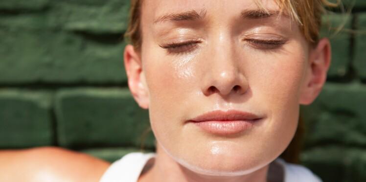 transpiration excessive tete visage