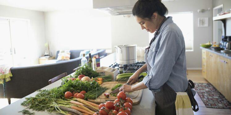 Intoxications alimentaires : 7 nids à bactéries qu'on a tous dans nos cuisines