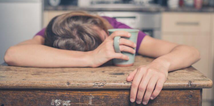 Mononucléose : quels sont les symptômes et comment la traiter ?