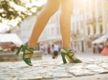 Les chaussures d'été, amies de nos pieds ?