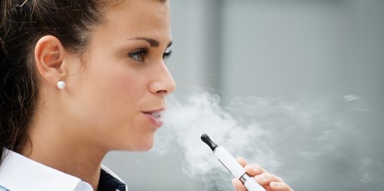 Ils ont testé la cigarette électronique, ils témoignent
