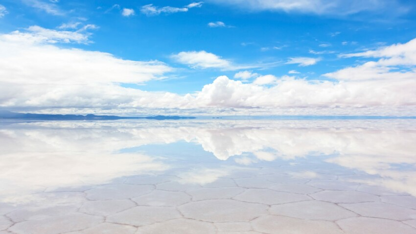 Le salar d'Uyuni : le plus vaste désert de sel du monde en vidéo