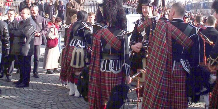 L'Ecosse envahit Montmartre, Bordeaux relié à Lisbonne...