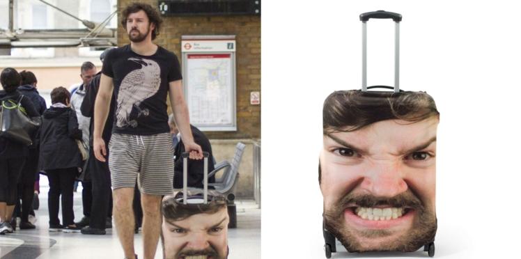 Pour ne plus perdre votre valise… imprimez votre tête dessus !