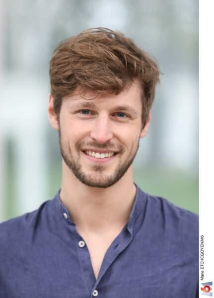 Baptiste, 26 ans, mannequin, habitant à Lille.