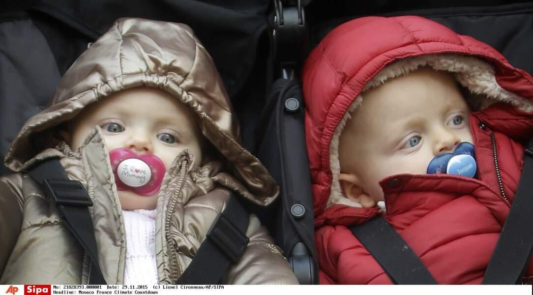 Bien réveillés et les yeux écarquillés, Gabriella et Jacques ne ratent rien du spectacle