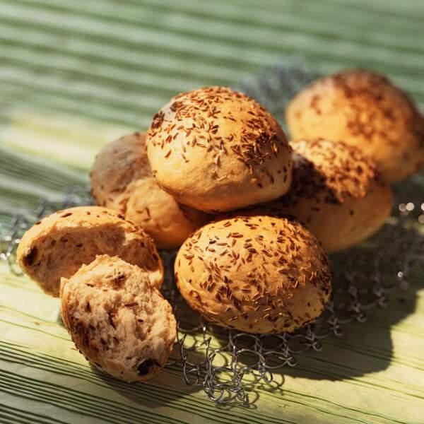 Petits pains au cumin et aux pignons