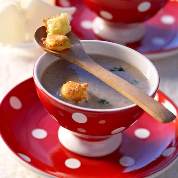 Soupe de champignons aux ravioles