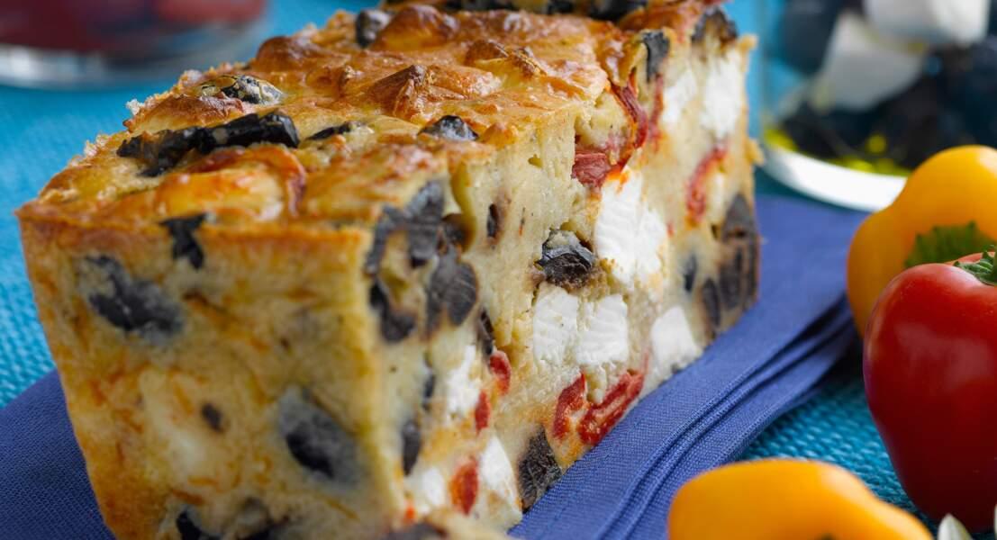 Cake aux poivrons, olives et feta