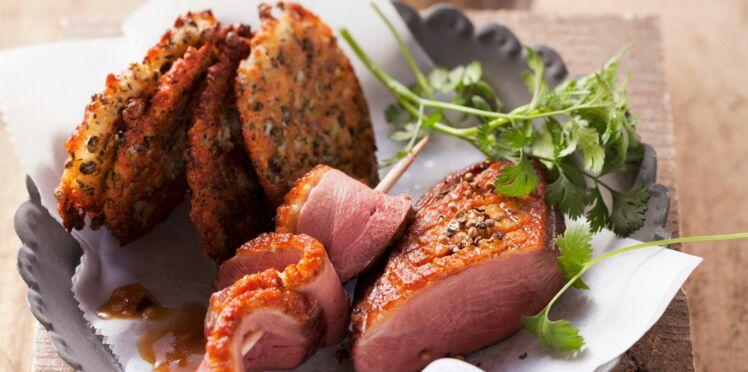 Magret de canard grillés et galettes de lentilles