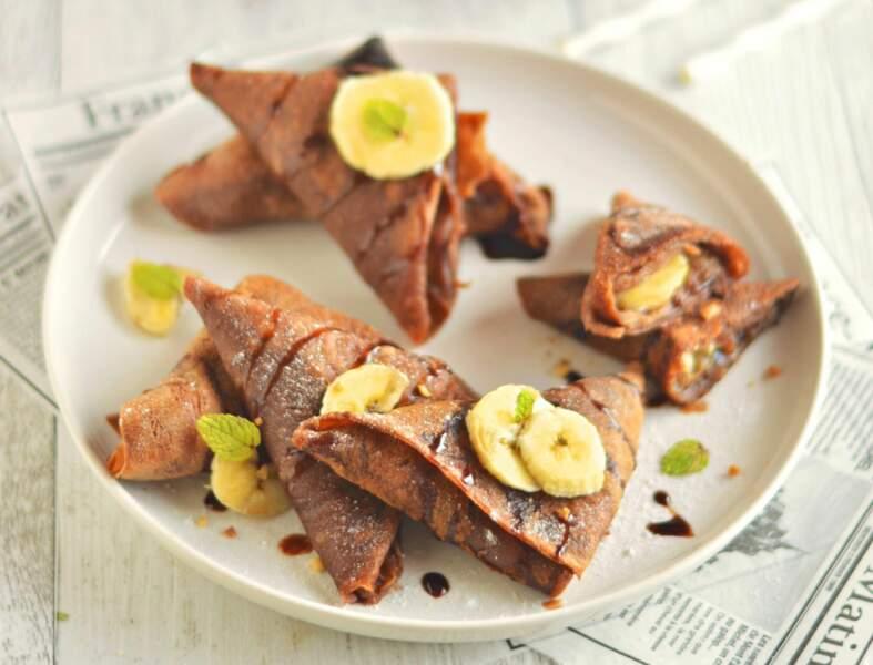 Crêpes samossas, banane et chocolat vegans