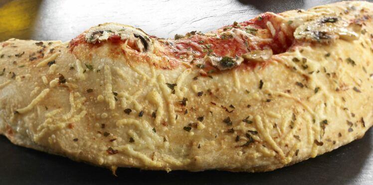 Pizza calzone tomate-mozzarella