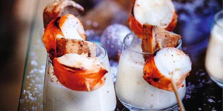 Brochettes de langouste grillée, crème au lard