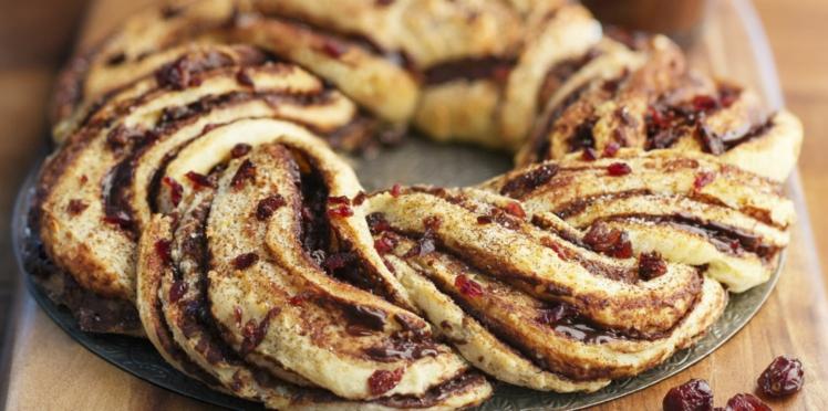 Brioche tressée chocolat et baies de cranberry