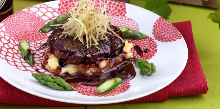 Filet de bœuf rôti au vin rouge