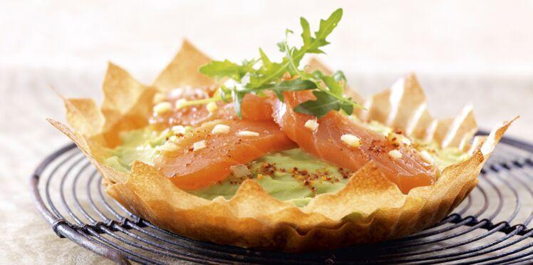 Tartes fines à l'avocat et cœur de filet de saumon au gingembre