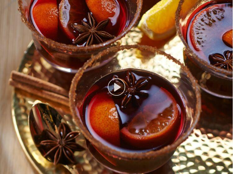 Vin de Noël : origine et recettes de cette boisson traditionnelle