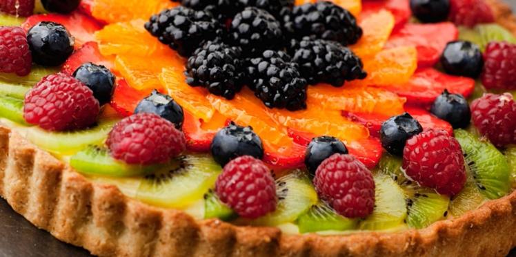 Tarte à l'orange, au kiwi et aux fruits rouges