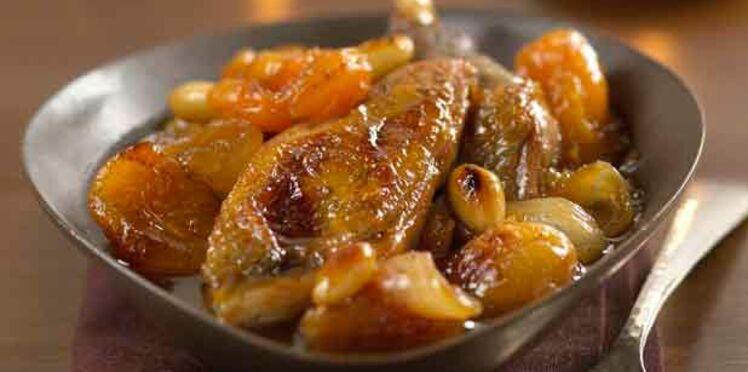 Cocotte de chapon de pintade fermière des Landes aux abricots secs et au miel