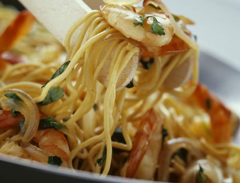Wok de nouilles aux crevettes