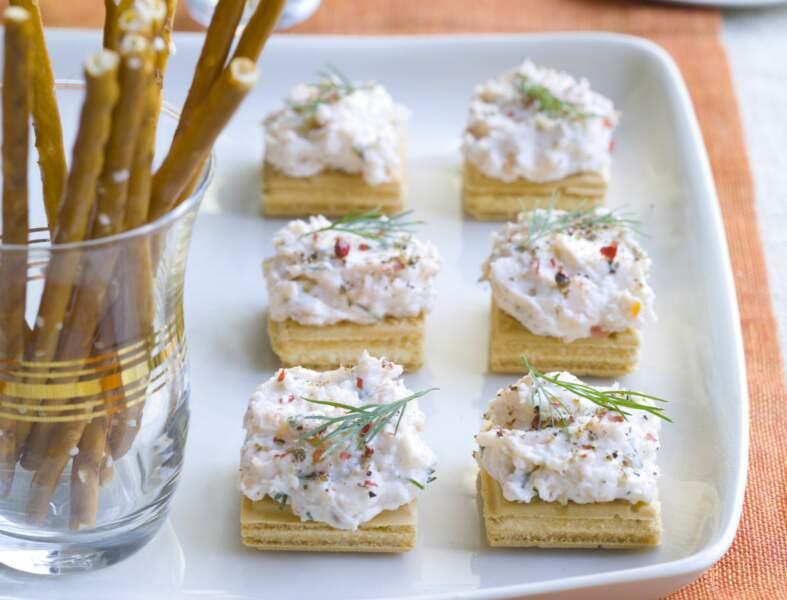 Menu entre copains - Bouchées de gaufrette au saumon façon cheesecake