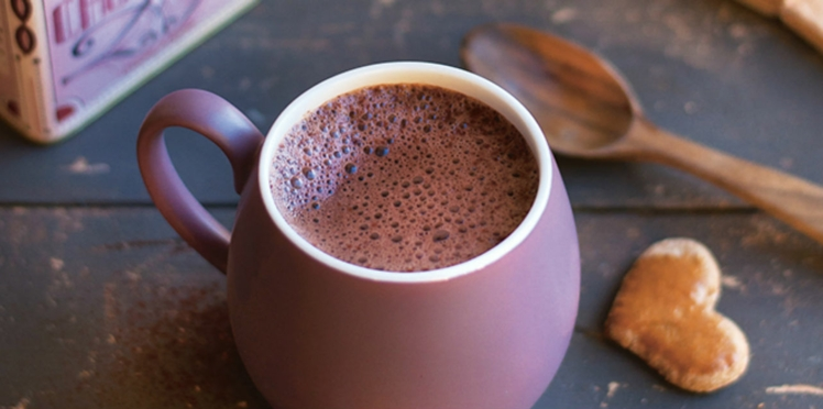 Chocolat chaud au lait de noisette, « fait maison »