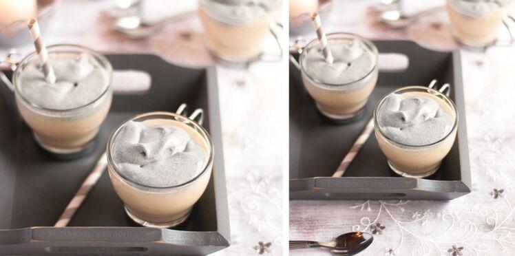 Cappuccino de topinambour, chantilly argentée au sésame noir