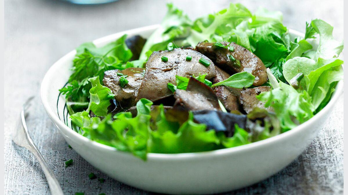 Foies de volaille marinés en salade