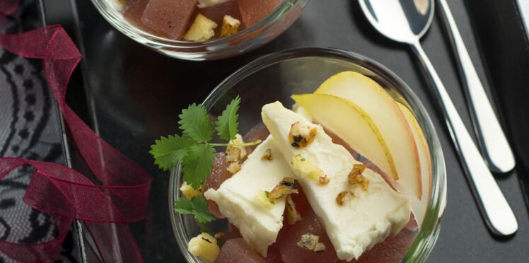 Gelée de poire au vin, fromage et crumble japonais