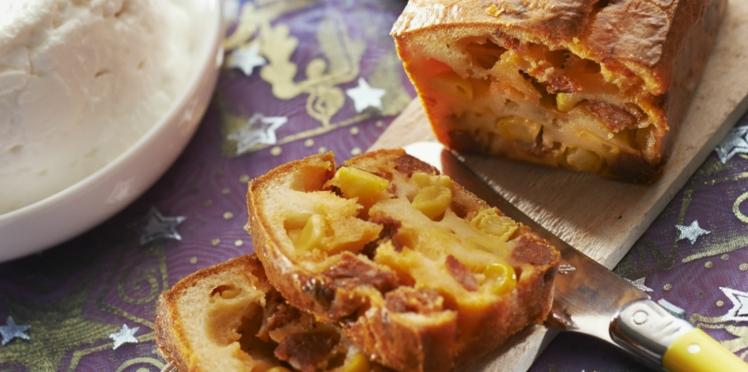 Cake au chorizo, chèvre et maïs