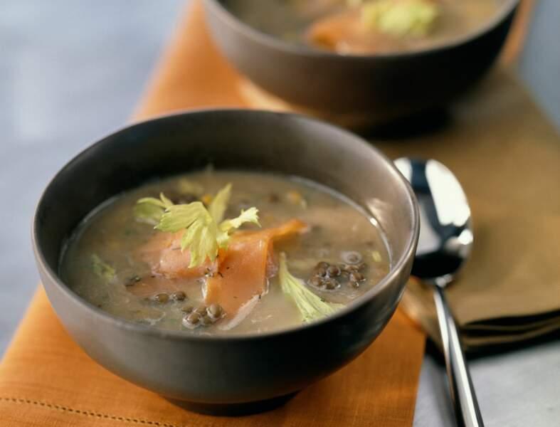 Soupe de lentilles au saumon