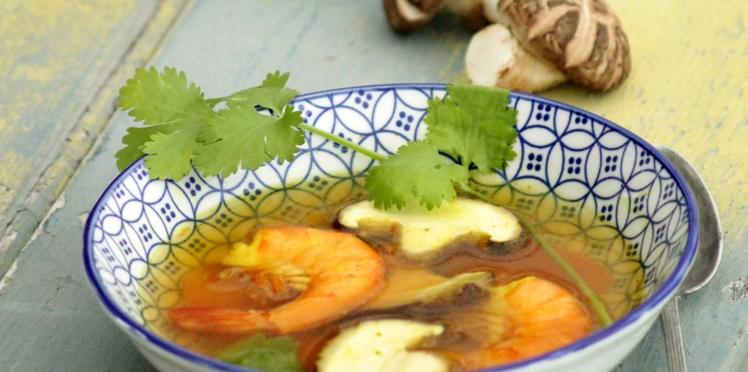 Bouillon de crevettes et shiitakés