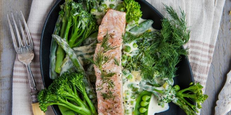 Poêlée de légumes et saumon à la crème
