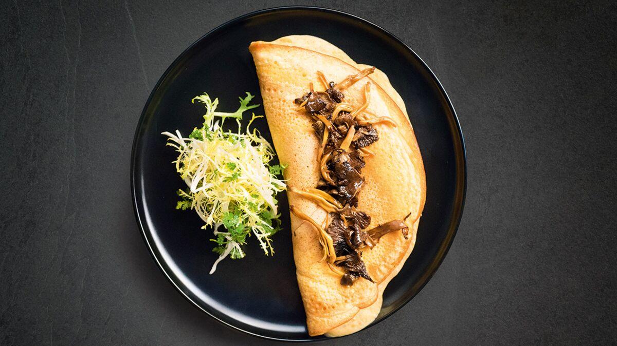 Omelette soufflée aux champignons rapide et facile de Jean Imbert