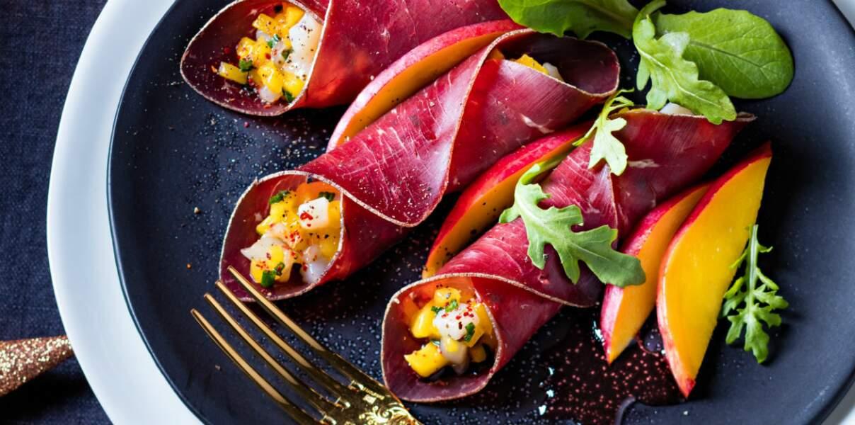 Cannellonis de viande des grisons, tartare de saint-jacques à la mangue