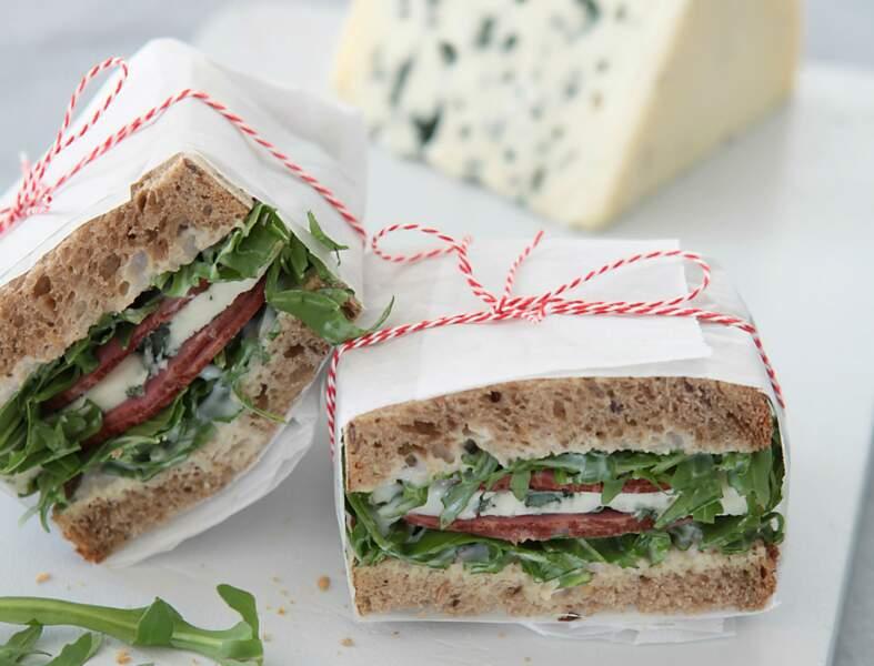 Club sandwich rosbif, roquefort, roquette